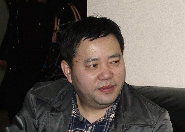 俞 冲董事长